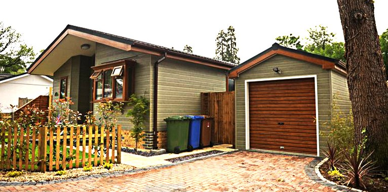 Park Home Garages and Sheds